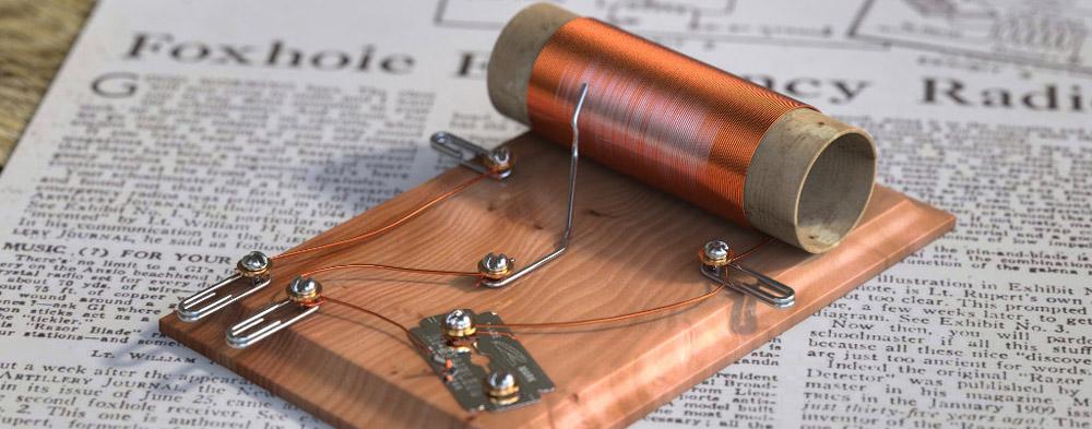 Foxhole Radyosu (Kristal Radyo)